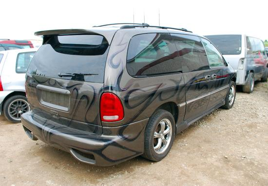 Chrysler Voyager - AUTO STYLING